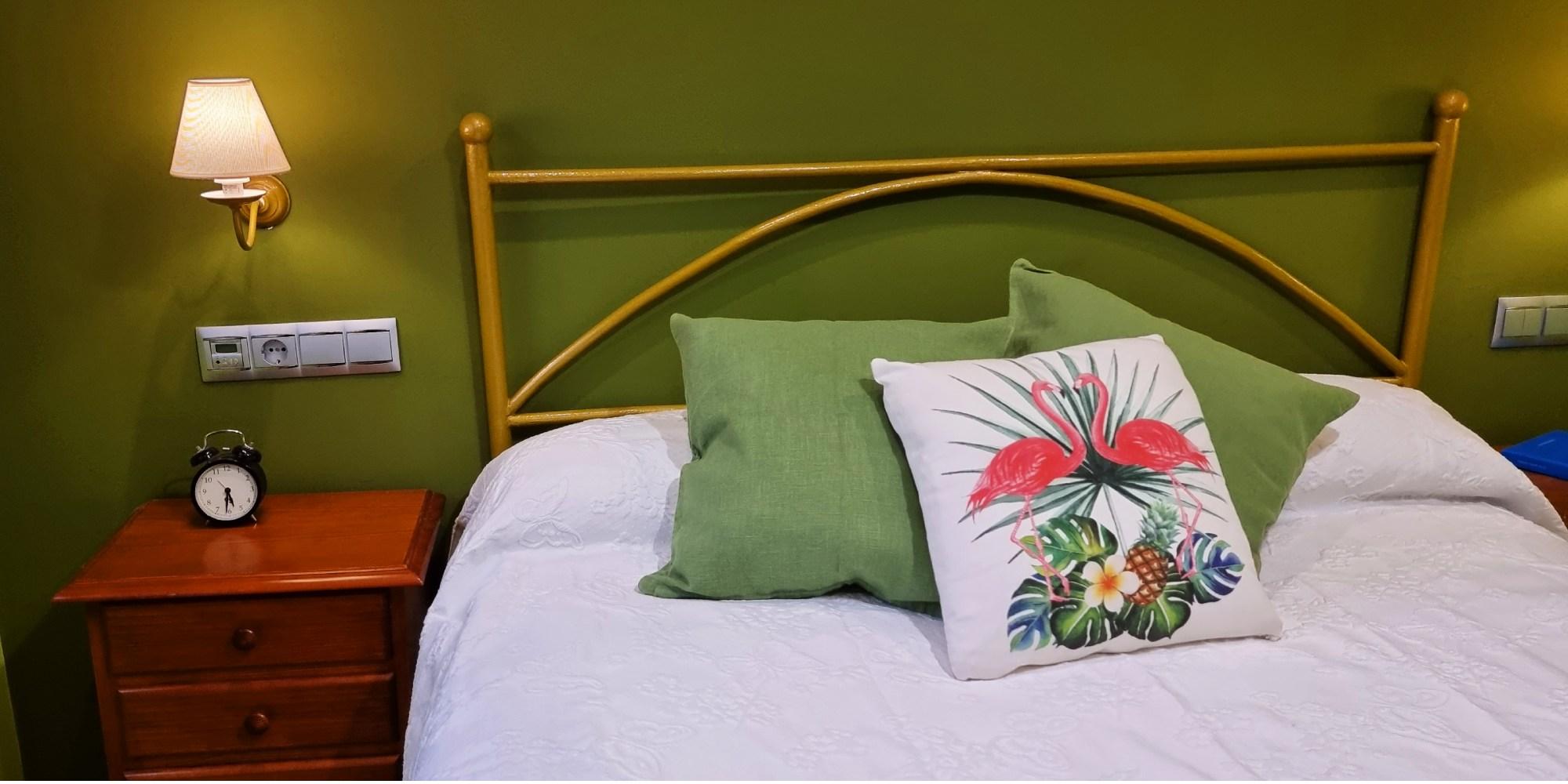cama-mesilla-dormitorio-casaomillon